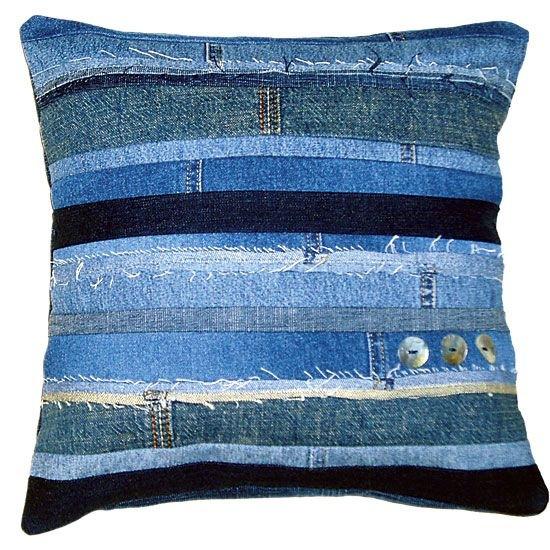 Джинсовые подушки из старых джинс