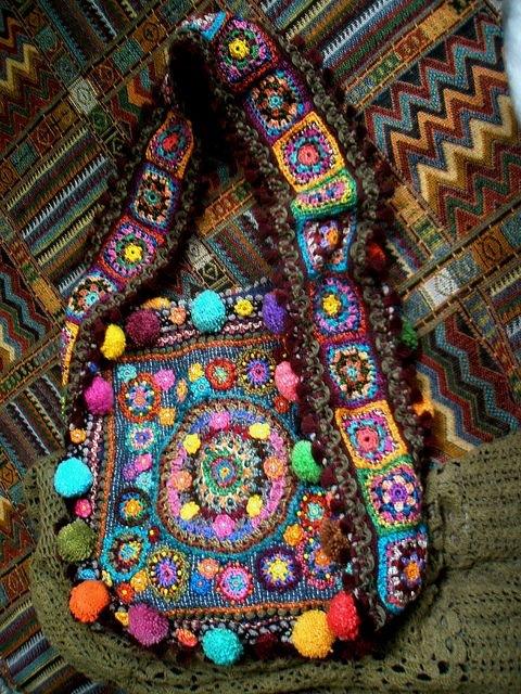 Вязаная сумка в бохо стиле