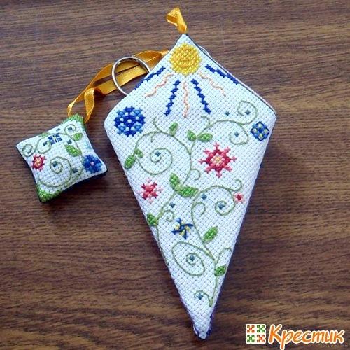 Вышивка крестом чехол для ножниц и очков 60